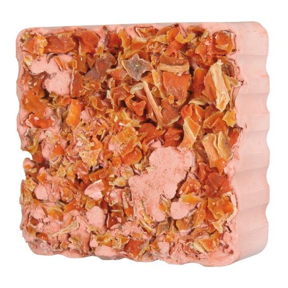 Bloco mineral com cubos de cenoura-0