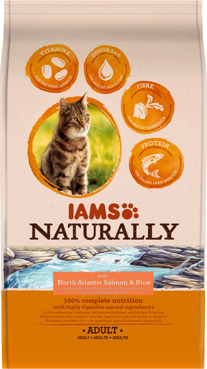 IAMS Naturally Adult Salmon 700gr-0